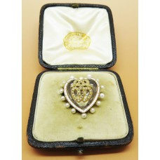 1900 Crystal heart shaped brooch decorated with Pearl and two gold heart with pearl in the middle all in it's original box