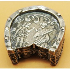 1900 Dutch silver pill box