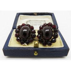 1920's Screw back Garnet earlings set on garnet gold