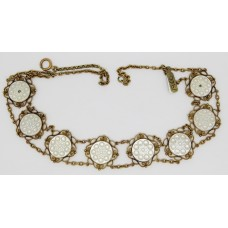 1900 Mother of pearl necklace set on 9ct gold