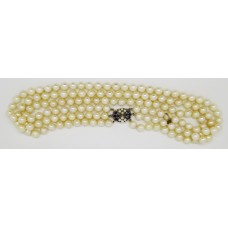 1950's Three rows of cultured pearl (7mm) necklace with sapphire and pearl on 14ct gold clasp