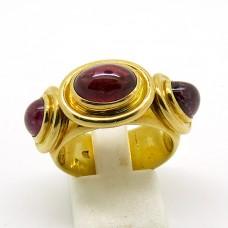Cabochon Ring.
