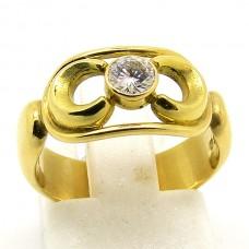 18ct single stone Diamond ring.