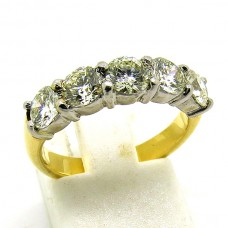 18ct Platinum ring.
