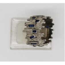 sapphire1960's sapphire ring with a total content of 10.5ct of