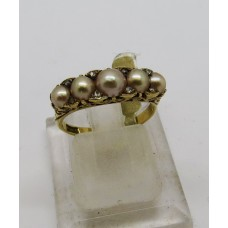 1900 Pearl and diamond set on 18ct gold ring