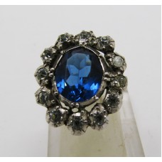 1900 White and blue paste set on silver ring