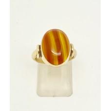 1900 Amber set on 18ct gold ring