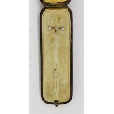 1920's 3 stone diamond pin set on 15ct gold