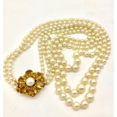Vintage cultured pearl necklace 9ct Gold Clasp