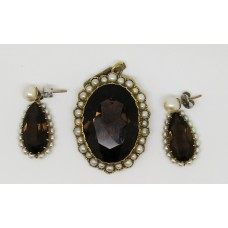 1930's 18ct gold with pearl and smokey quartz set